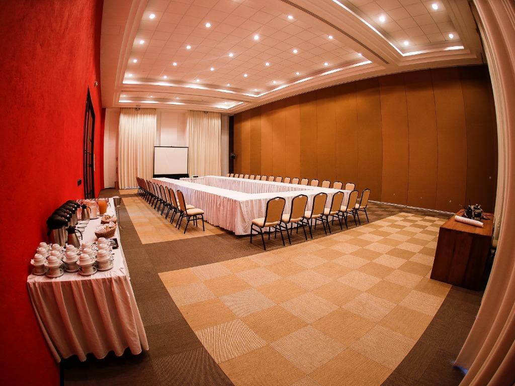 Azteca room 1